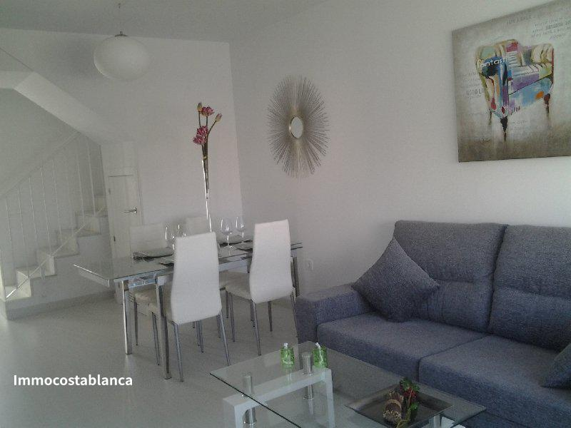 Detached house in Torrevieja, 165,000 €, photo 1, listing 2775688