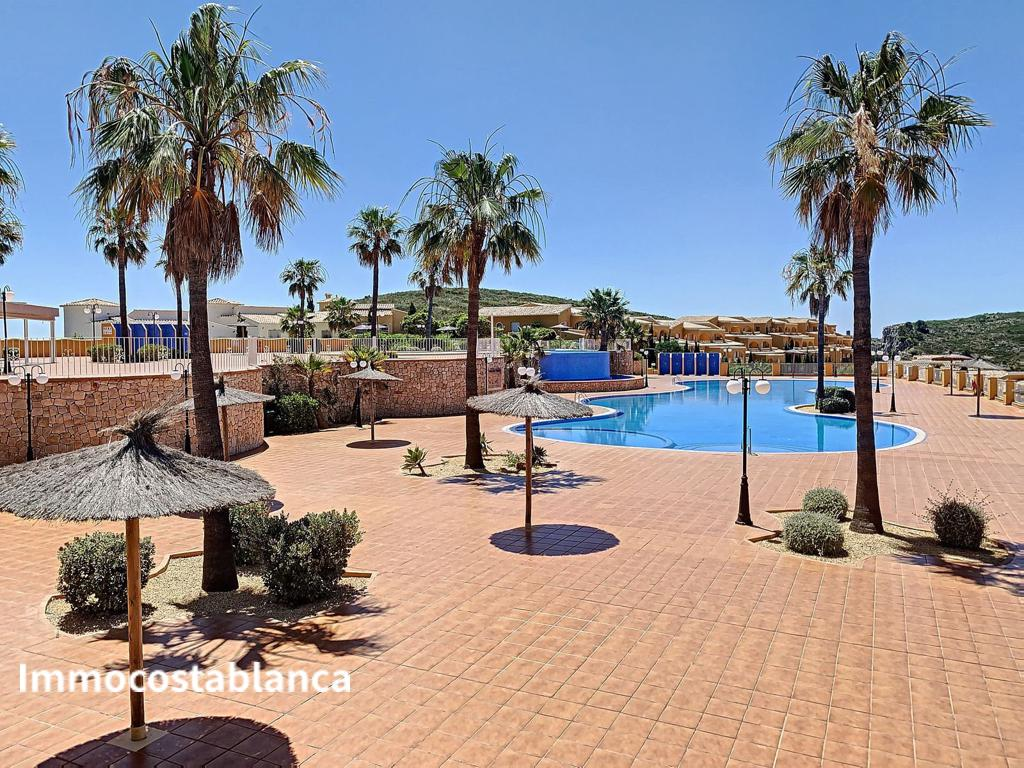 Apartment in Alicante, 135,000 €, photo 3, listing 7659128