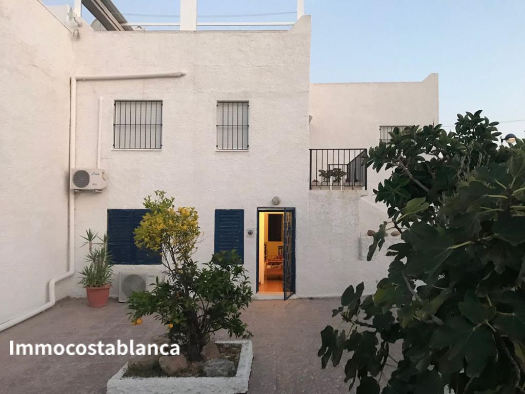 Detached house in Torrevieja, 170,000 €, photo 1, listing 7057448