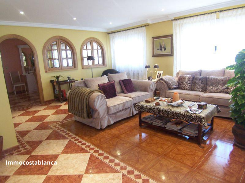 Terraced house in Torrevieja, 690,000 €, photo 2, listing 2119688