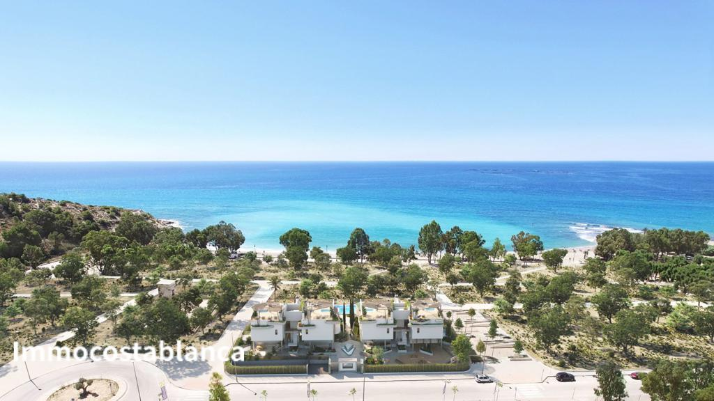 Apartment in Villajoyosa, 550,000 €, photo 4, listing 886248