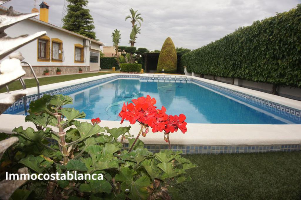 Detached house in Orihuela, 250,000 €, photo 2, listing 11182248