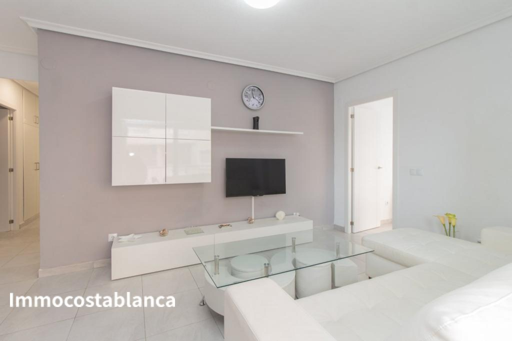Apartment in Torrevieja, 120,000 €, photo 1, listing 4301448
