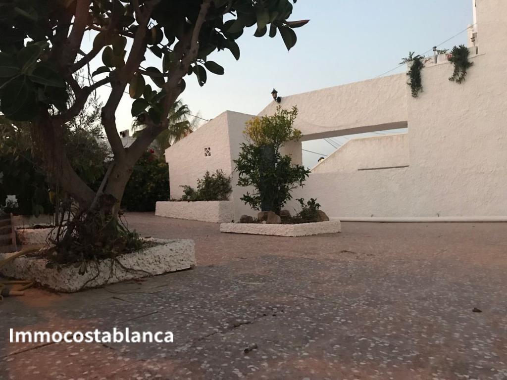 Detached house in Torrevieja, 170,000 €, photo 2, listing 7057448