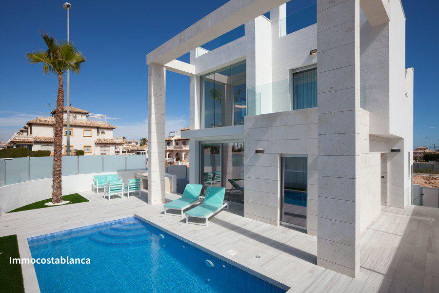 Villa in Dehesa de Campoamor, 390,000 €, photo 1, listing 4986248