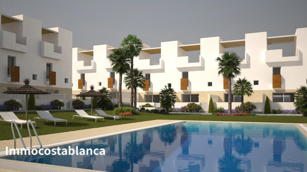 Terraced house in Torrevieja, 215,000 €, photo 3, listing 10762248