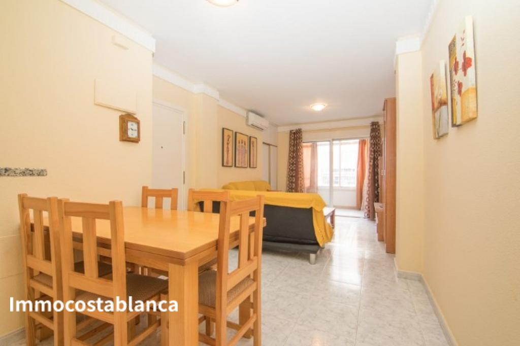 Apartment in Torrevieja, 106,000 €, photo 4, listing 10701448