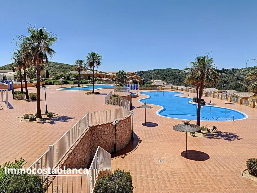 Apartment in Alicante, 135,000 €, photo 2, listing 7659128