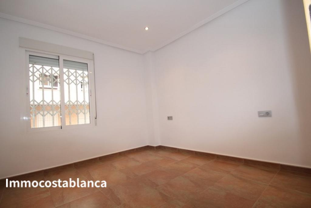 Apartment in Torrevieja, 106,000 €, photo 9, listing 2853448