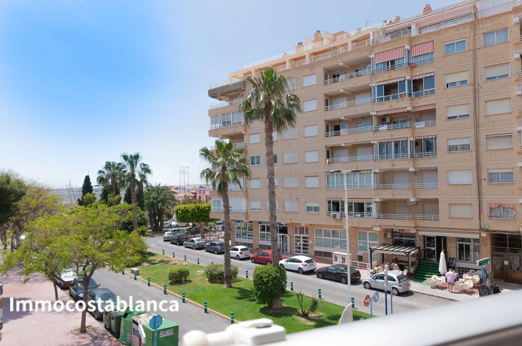 Apartment in Torrevieja, 220,000 €, photo 8, listing 5641448