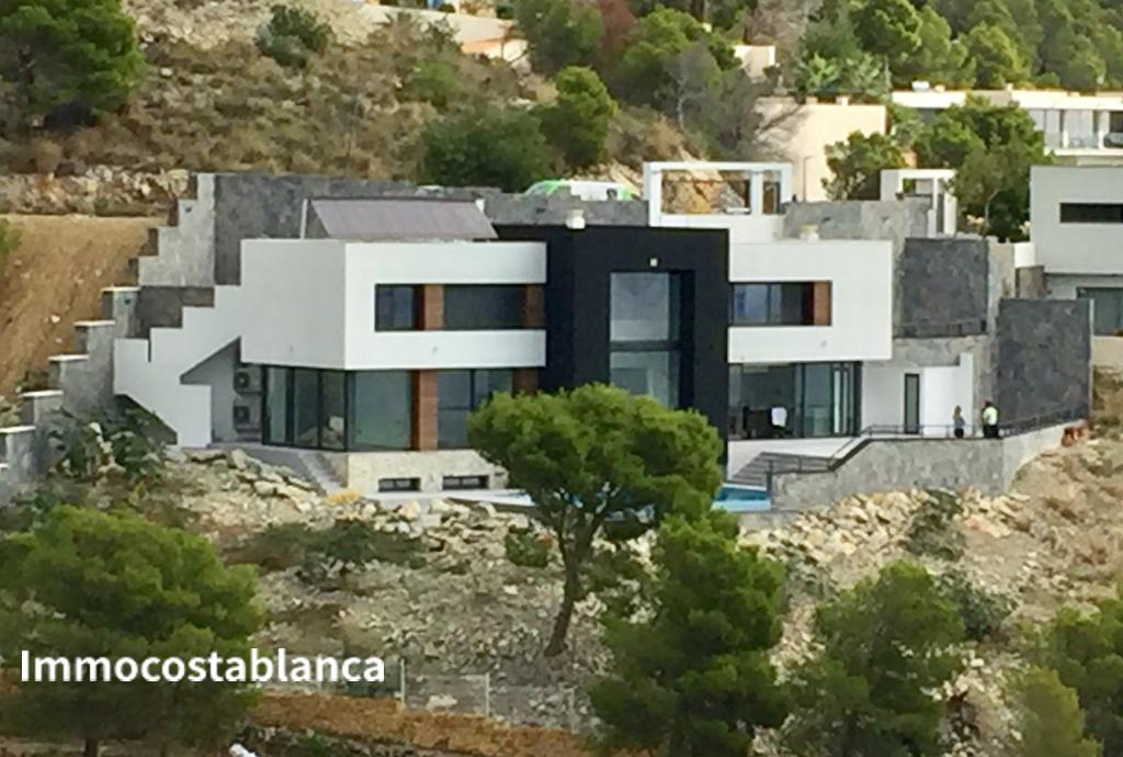 Villa in Altea, 1,395,000 €, photo 1, listing 9047768