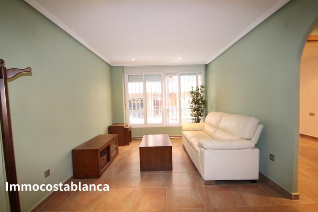 Apartment in Torrevieja, 106,000 €, photo 2, listing 2853448