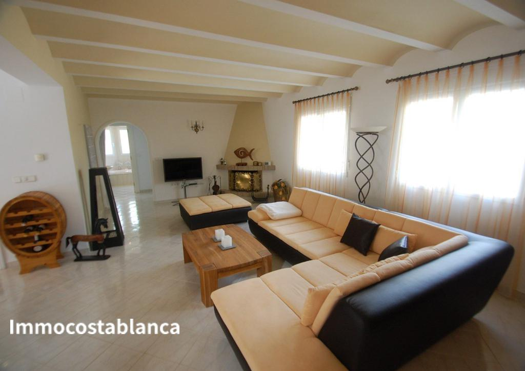 Detached house in Denia, 540,000 €, photo 3, listing 6151848