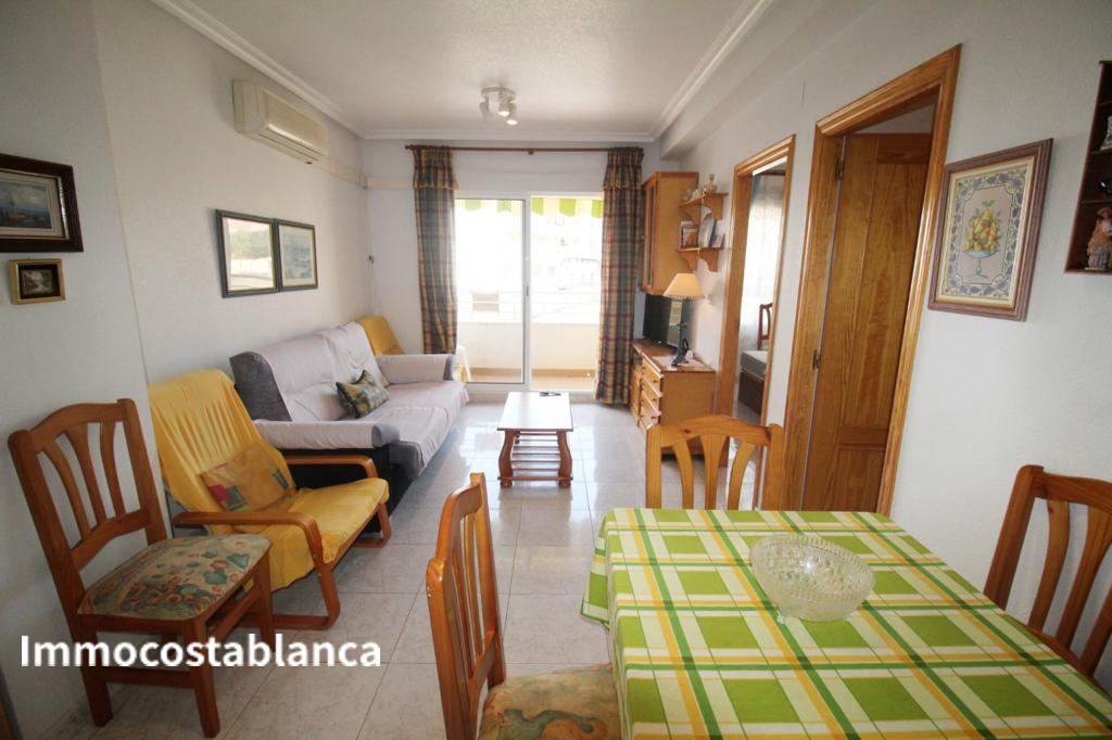 Apartment in Torrevieja, 116,000 €, photo 1, listing 5529528