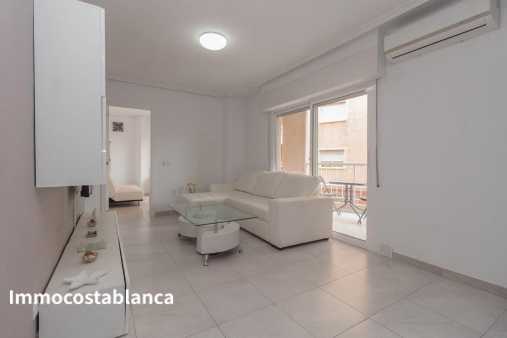 Apartment in Torrevieja, 120,000 €, photo 3, listing 4301448