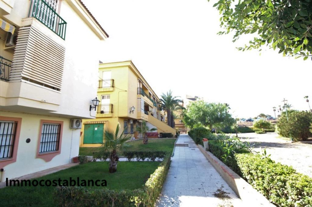 Townhome in Torrevieja, 78,000 €, photo 1, listing 4297528