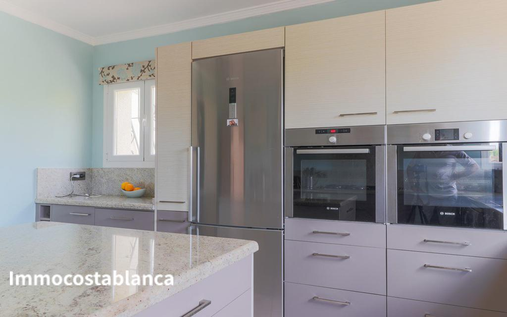Detached house in Moraira, 575,000 €, photo 25, listing 239848