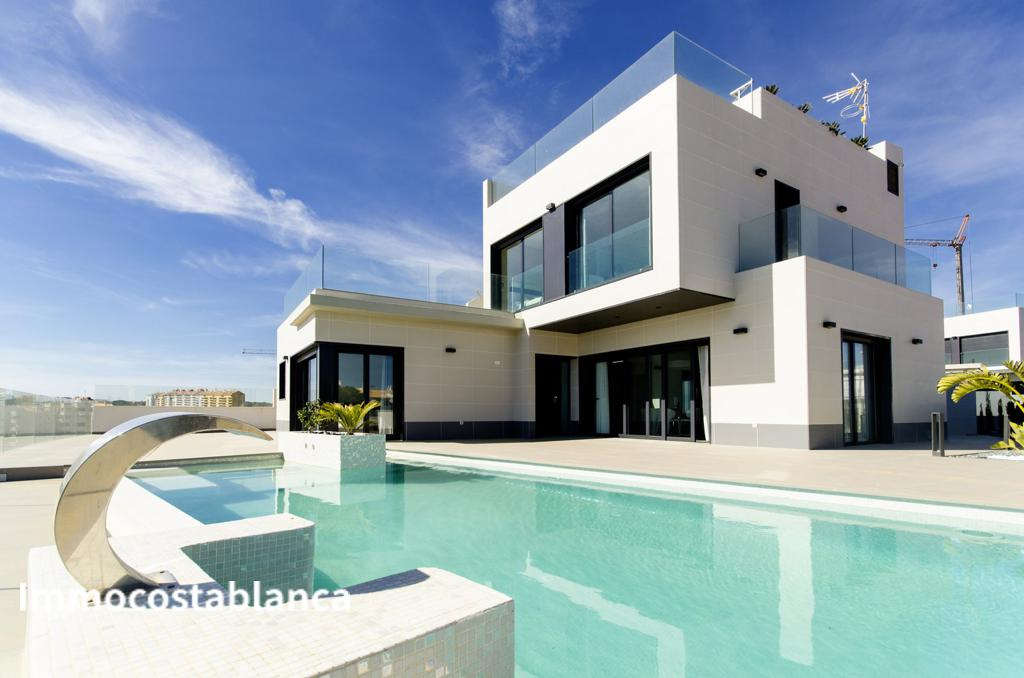 Villa in Dehesa de Campoamor, 799,000 €, photo 1, listing 7218248