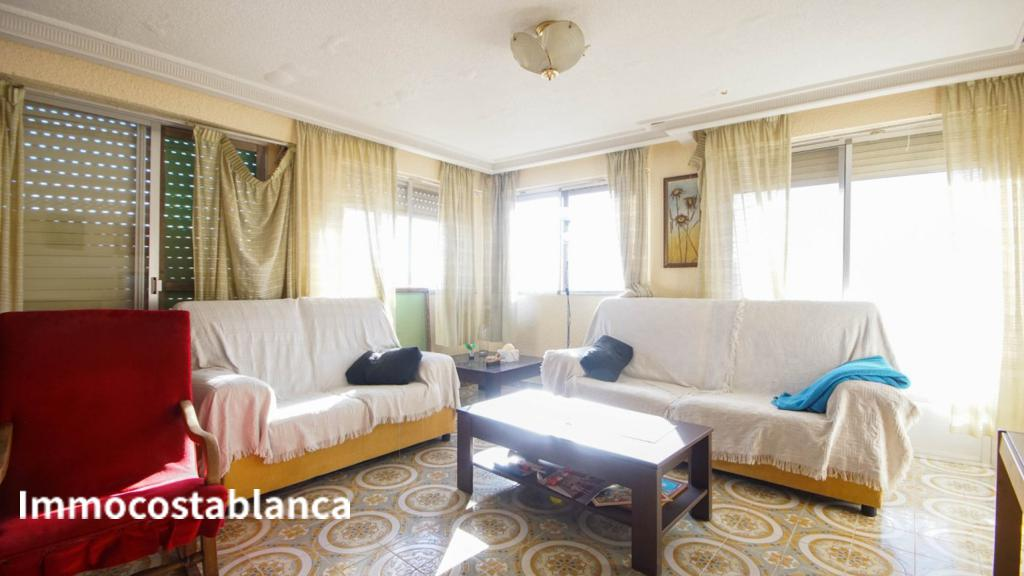 Apartment in Torrevieja, 167,000 €, photo 1, listing 10889528
