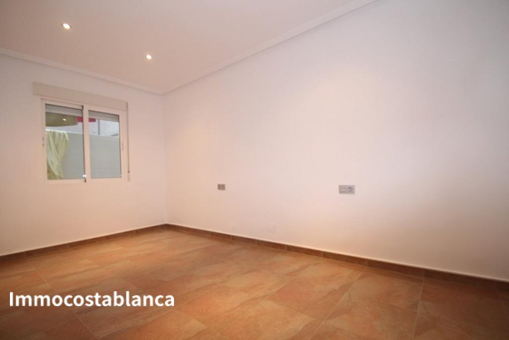 Apartment in Torrevieja, 106,000 €, photo 7, listing 2853448