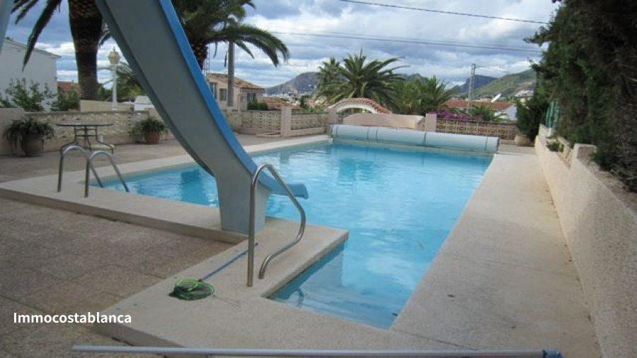 Villa in Calpe, 379,000 €, photo 2, listing 6047688